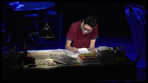 Step Inside the New Musical <i>Fun Home</i> with Footage of Michael Cerveris & Judy Kuhn