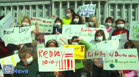 Salt Lake City School Children Speak Out on Air Pollution at the State Capitol