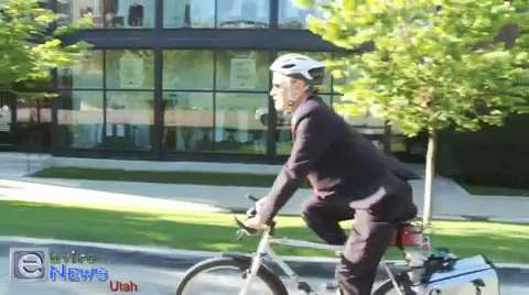 "See Why This Man's Being Called ""America's Bike-Friendliest Mayor"""