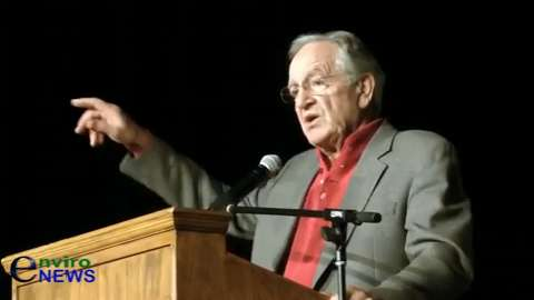 Senator Tom Harkin Pumps Up Hillary Clinton at the Iowa 'Climate Emergency Caucus'