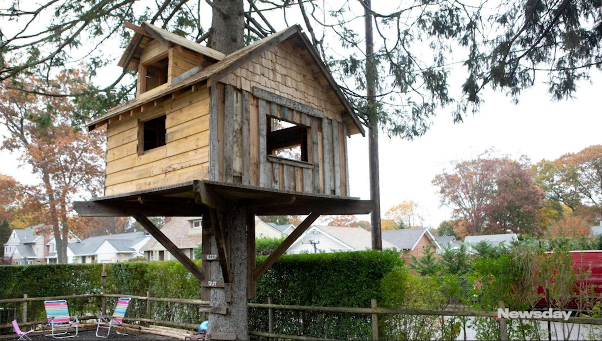 Village says man needs building permit to keep family's tree house