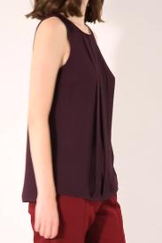 EMBELLISHED PINTUCK SHELL TOP
