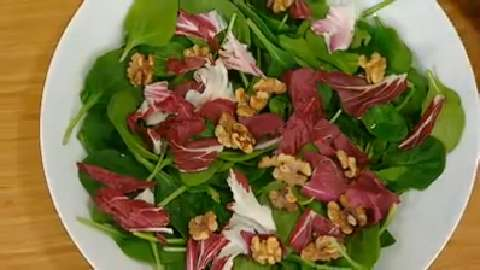 Best Recipes Ever: Radicchio, Spinach and Walnut Salad