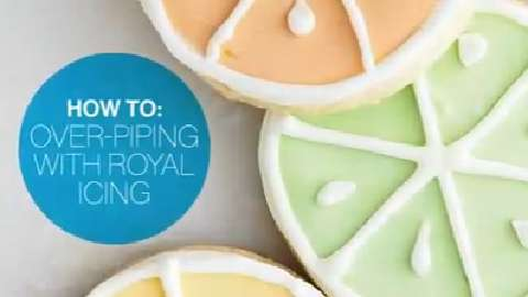 How to: Over-piping with royal icing