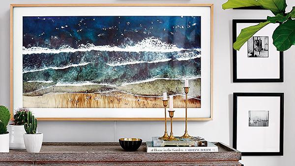How to create a modern gallery wall