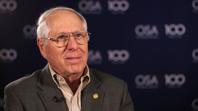 Donald Keck talks about how a family friend got him interested in optics--OSA Stories