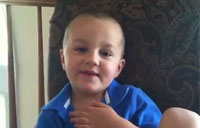 4-year-old Says Pledge of Allegiance