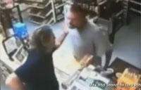 Robber Doesn't Know Clerk is War Vet