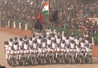 Cool Footage of Military Parade in India