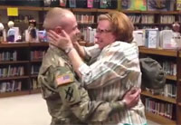 Soldier Home Early Surprises His Mom