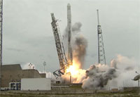 Liftoff of SpaceX-3 Falcon 9