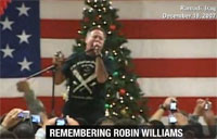 Robin Williams Entertains the Troops