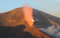 Amazing DC-10 Tanker Air Drop on Wildfire