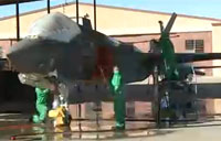 Maintainers Keep F-35s in Fighting Condition