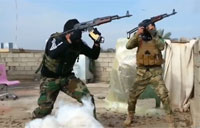 US Joins Forces with Iraqi Army to Fight ISIS
