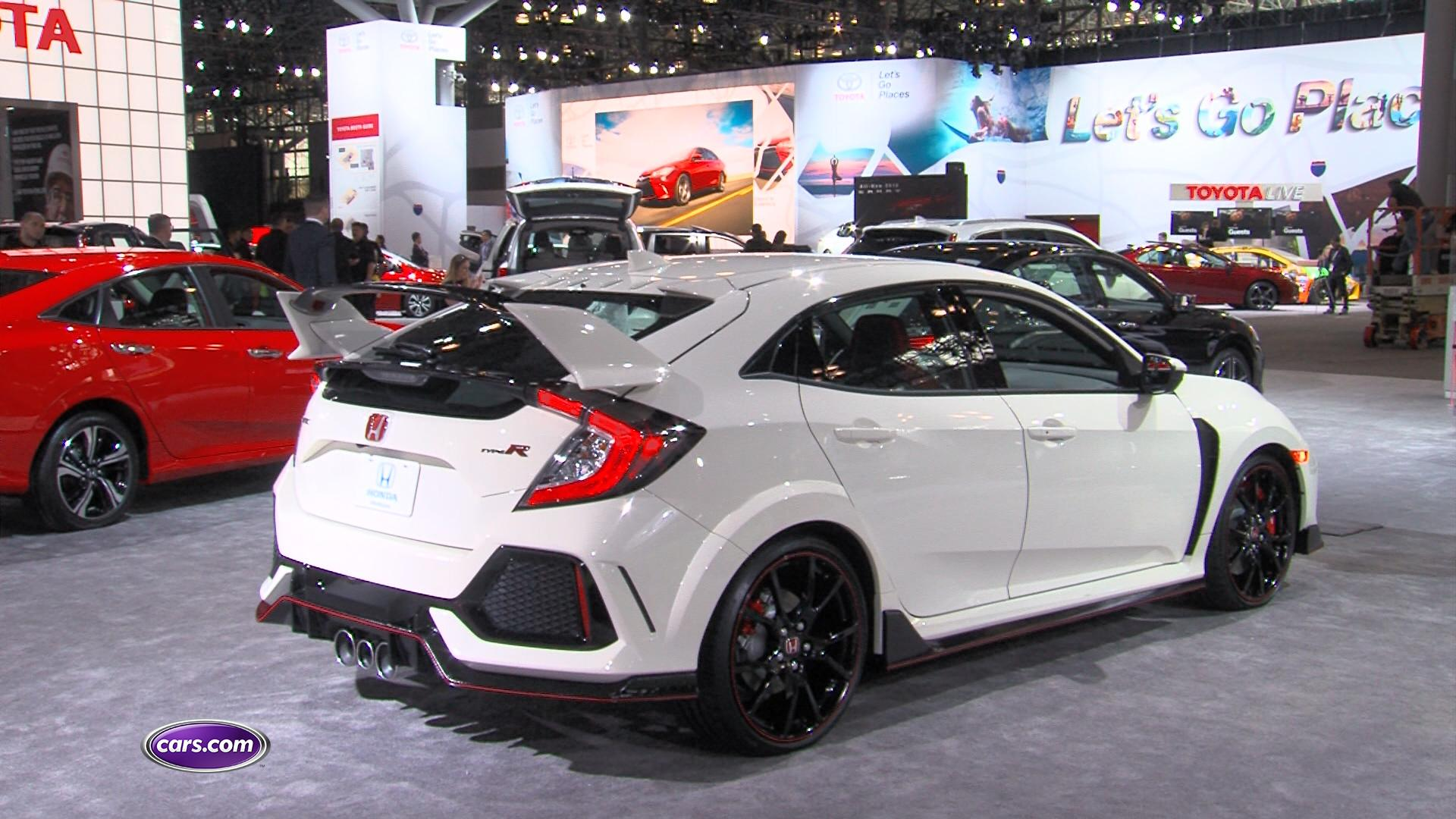 2017 honda civic type r review first impressions video. Black Bedroom Furniture Sets. Home Design Ideas