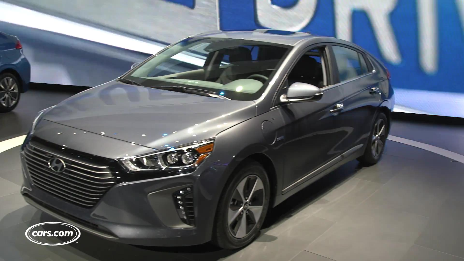 2017 Hyundai Ioniq Video