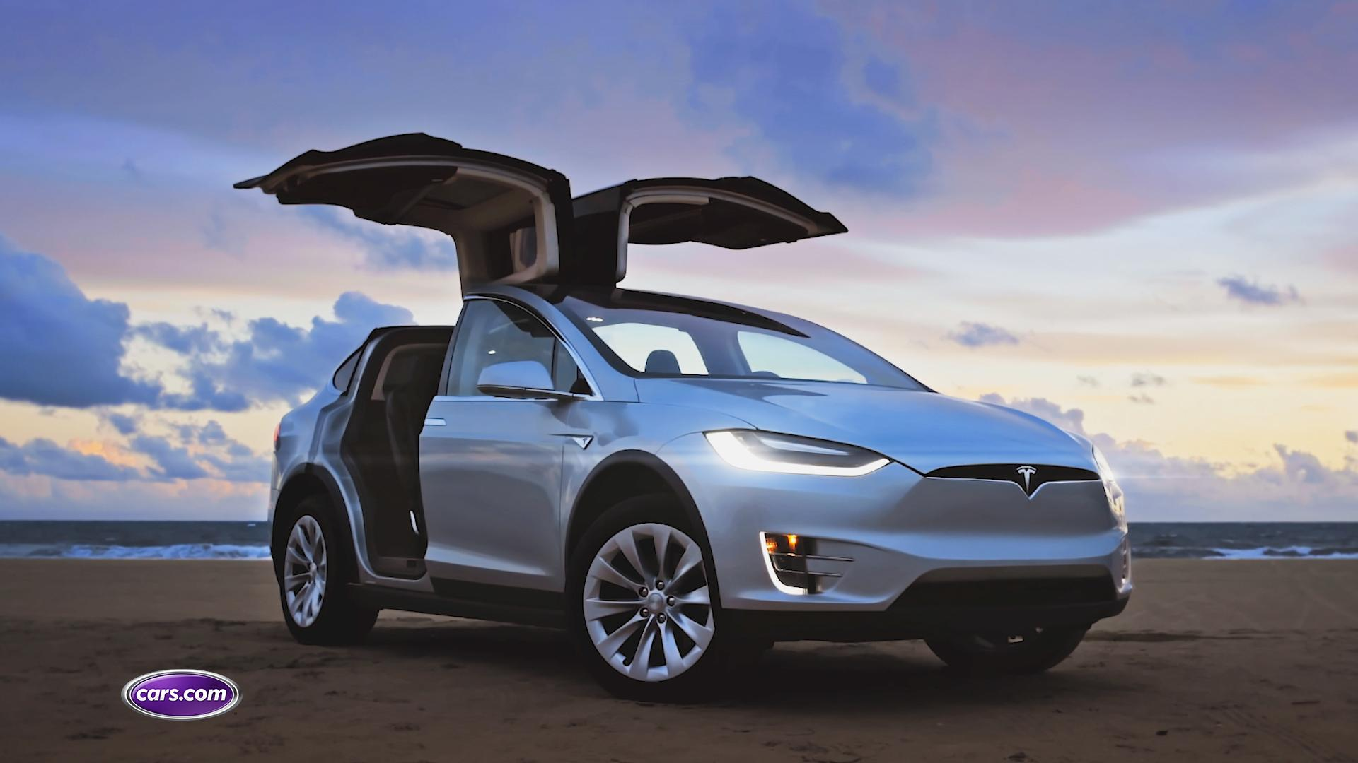 Video: Our Week in the Tesla Model X —Cars.com