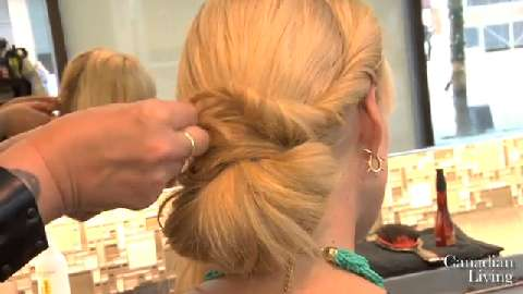 How to create a simple updo