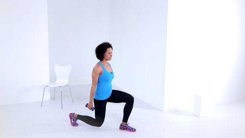 Reverse lunge with knee up