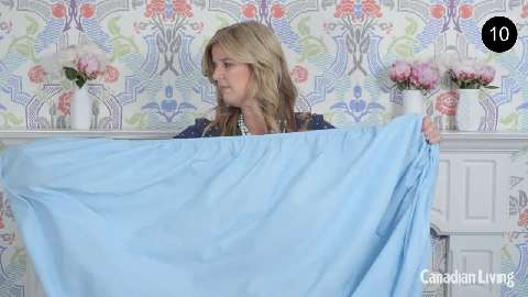 How to fold a fitted sheet in less than 30 seconds