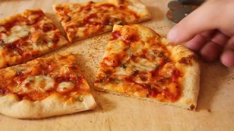 how to prepare pizza at home without oven