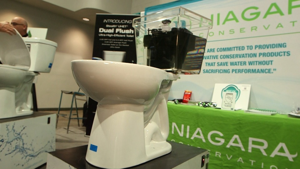 Powerful Niagara toilet uses less water