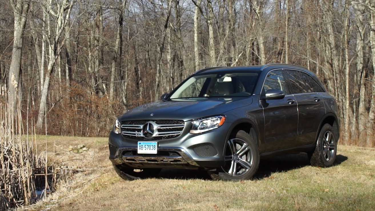 Polished mercedes benz glc300 suv makes strong impression for Mercedes benz glk consumer reports