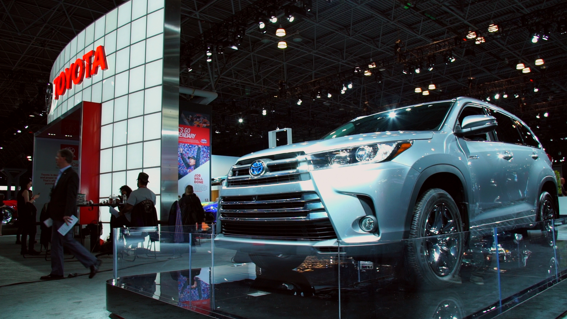 updated 2017 toyota highlander - consumer reports
