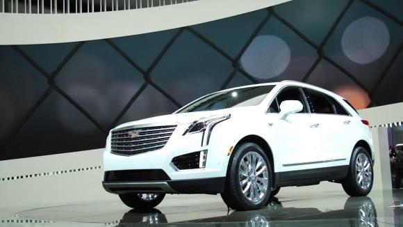 Cadillac XT5 Loses Weight, Adds Luxury