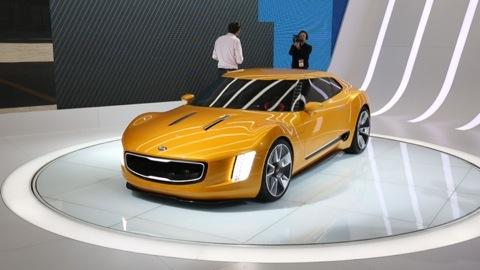 Kia GT4 Stinger at Detroit Auto Show