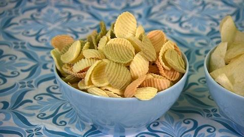 Veggie chips vs. potato chips