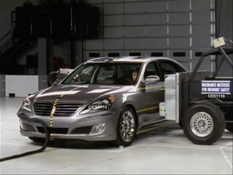 Hyundai Equus crash test 2011-2012