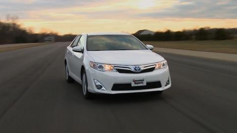Toyota Camry Hybrid 2012-2014 Road Test