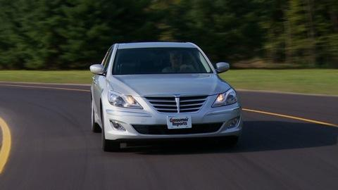 Hyundai Genesis 2012-2014 Road Test
