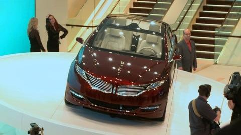 Detroit Auto Show: 2013 Lincoln MKZ