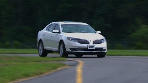 Lincoln MKS 2013-2015 Road Test
