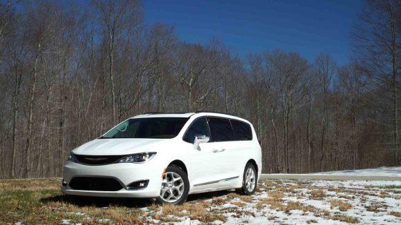 Chrysler Pacifica Redefines the Minivan