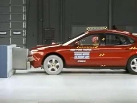 Ford Taurus crash test 2000-2006
