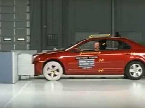 Ford Fusion crash test 2006-2007
