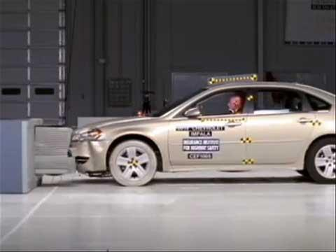 Chevrolet Impala crash test 2010-2011
