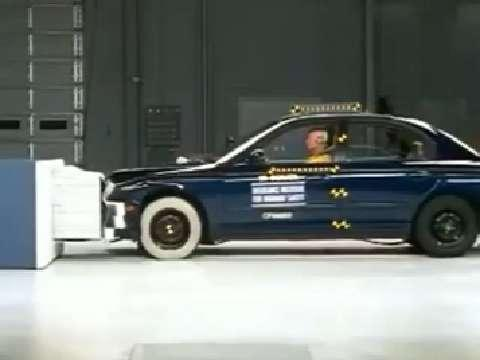 Hyundai Sonata crash test 1999-2005