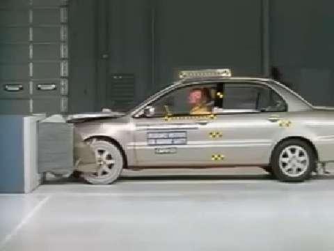 Mitsubishi Lancer crash test 2002-2006