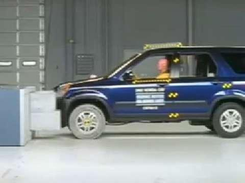 Honda CR-V crash test 2002-2006