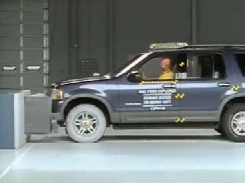 Mercury Mountaineer crash test 2002-2005