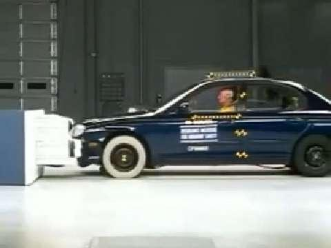 Kia Optima crash test 2001-2006