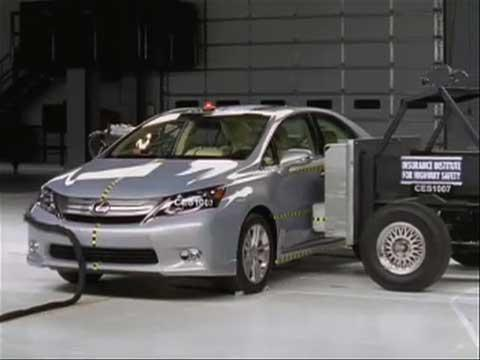 Lexus HS 250h crash test 2010-2011