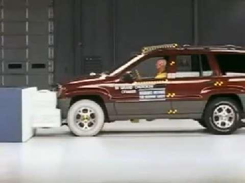 Jeep Grand Cherokee crash test 1999-2004