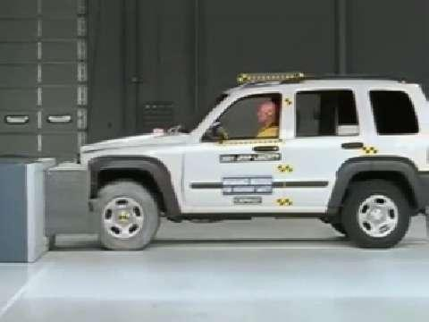 Jeep Liberty crash test 2002-2007