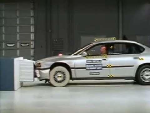 Chevrolet Impala crash test 2000-2005